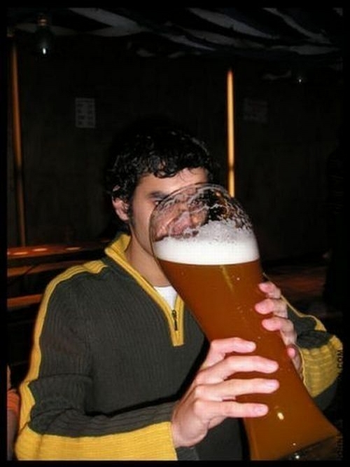 [IMG]http://www.funny-games.biz/images/pictures/1985-big-beer.jpg[/IMG]