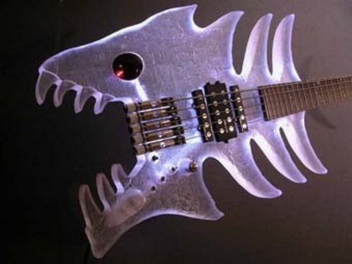 Piranha Guitar picture