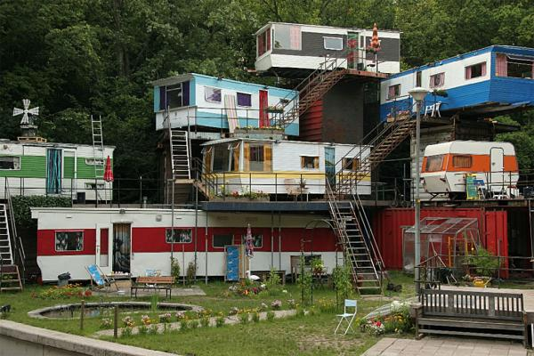 Redneck Mansion picture