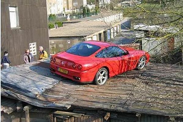 Slumdog Millionaires Car picture
