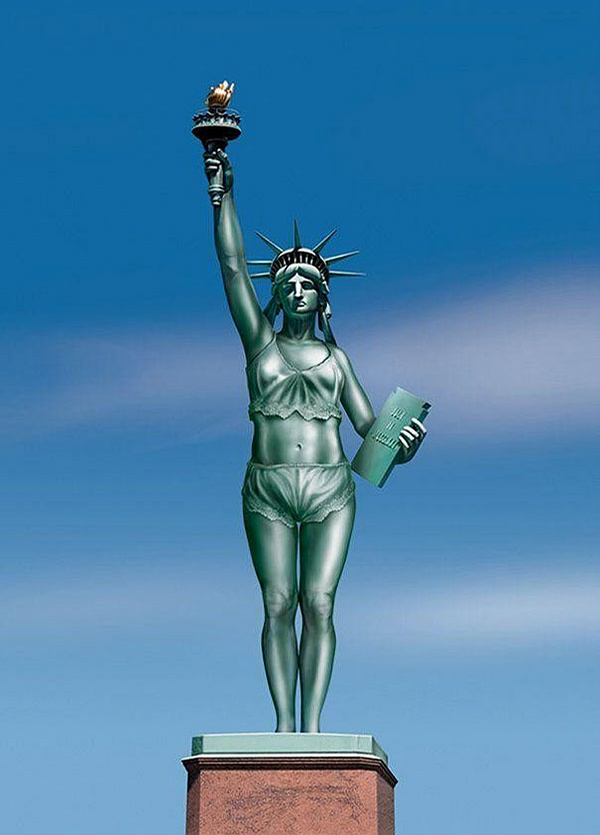 New Statue of Liberty picture