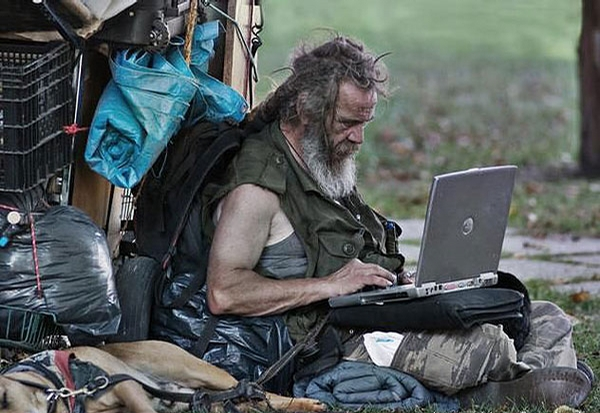 Homeless IT Specialist picture