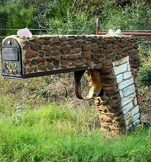 Gun Mailbox picture