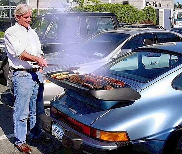Porsche BBQ picture