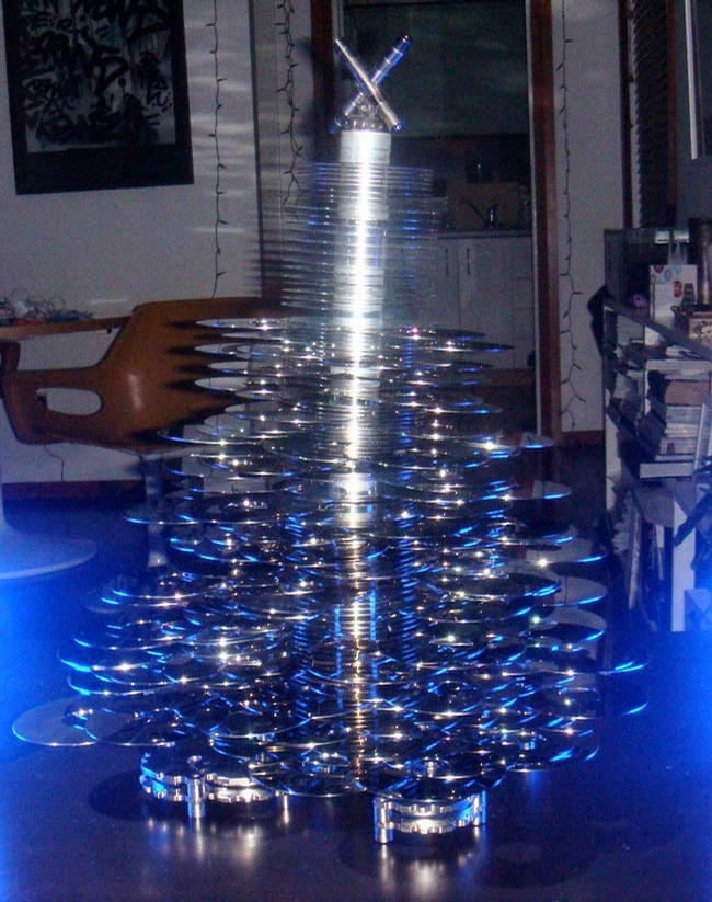 Hi-Tech Xmas Tree picture
