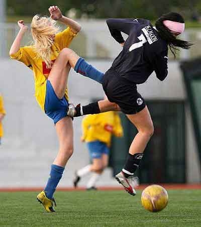 Women Football picture