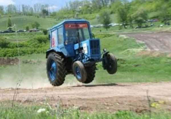 Racing Tractor picture