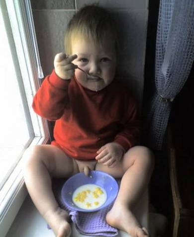 Kid Has A Breakfast picture