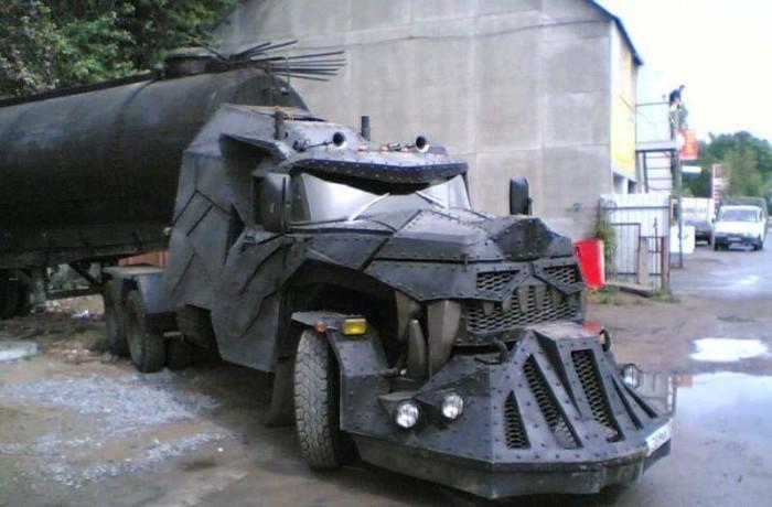 Devil Truck picture