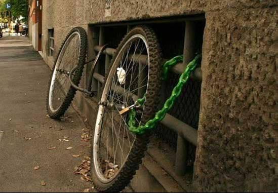 Useless Bike Lock picture